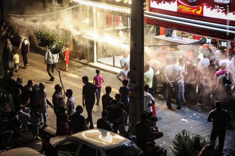 استفاده بیش از حد سیستم خنک کننده هوا توسط ذرات آب در رستوران ها و آبلمیوه فروشی های تهران