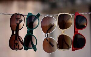 چگونه عینک آفتابی استاندارد انتخاب کنیم؟ / ۶ مشخصه عینک آفتابی استاندارد