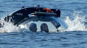 عکس/ پوتین به اعماق دریا رفت