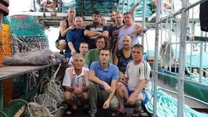 خدمه کشتی توقیف شده روسی