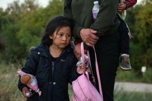 تصاویر جدید از آوارگی مهاجران در مرز آمریکا