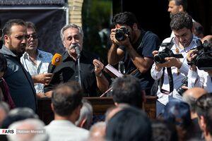 عکس/ چهرهها در مراسم تشییع مرحوم حسین آهی