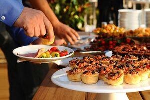 ناهار یا شام؛ کدام را بهتر است ترک کنیم؟