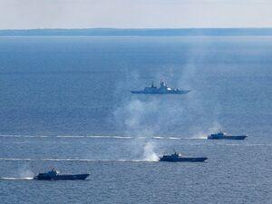 عکس/ مانور نظامی روسیه در یک قدمی ناتو