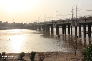 عکس/ کاهش آب رودخانه کارون اهواز
