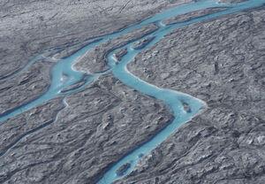 عکس/ ذوب شدید یخهای گرینلند در قطب شمال