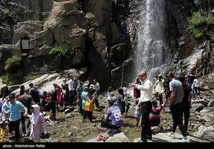 عکس/ یک روز گرم تابستانی در آبشار گنجنامه همدان