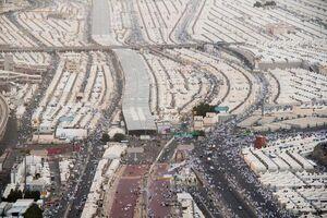حضور حجاج بیتالله الحرام در صحرای منا