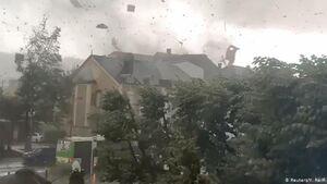 عکس/ گردباد ویرانگر در لوکزامبورگ