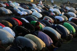 فیلم/ برگزاری نماز عید قربان در واشنگتن