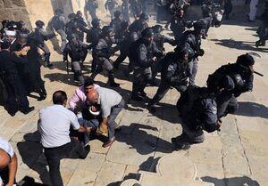 صهیونیستها اینگونه حرمت شکنی میکنند +عکس