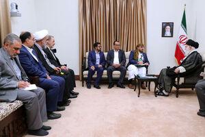 دیدار سخنگوی جنبش انصارالله یمن و هیئت همراه با رهبر انقلاب اسلامی