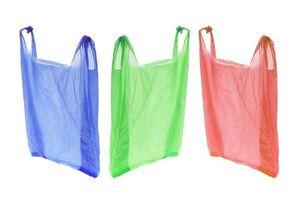 ممنوعیت استفاده از کیسههای پلاستیکی در پاکستان