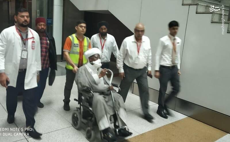ورود شیخ زکزاکی به فرودگاه هند