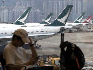 فیلم/ زمینگیر شدن هواپیماها در فرودگاههای جهان