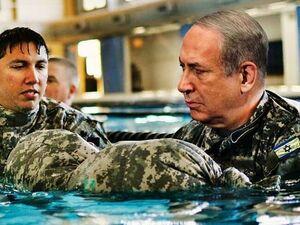 شناکردن نتانیاهو