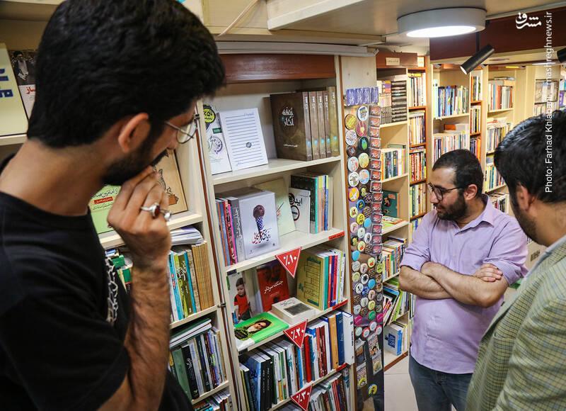 علی محبی می گوید بر اساس گردش کتاب، ممکن است یک کتاب گردش کمتری داشته باشد که با این ترفند، آن را به گردش می اندازیم و البته این به معنی کم ارزش بودن این کتاب ها نیست.
