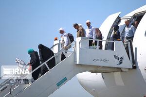 عکس/ بازگشت نخستین گروه از حجاج ایرانی