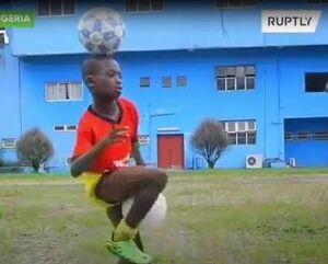 فیلم/ حرکات دیدنی توسط لیونل مسی آفریقا