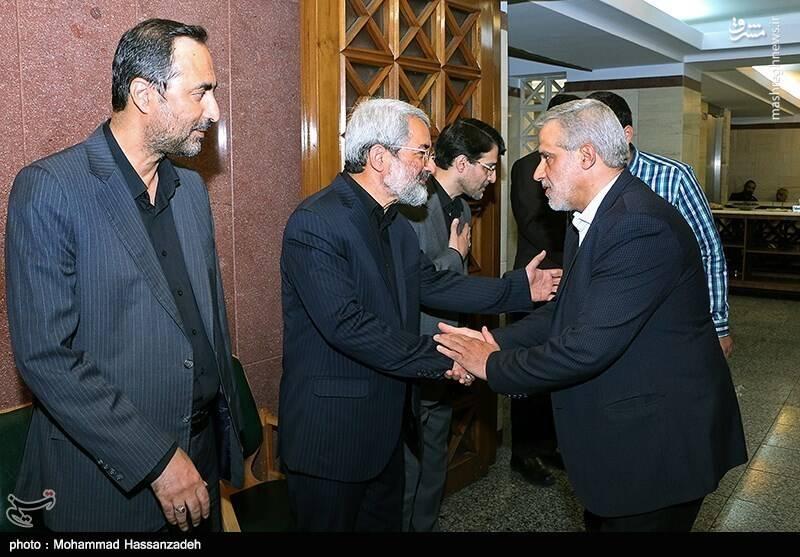 مجید قلی زاده مدیرعامل خبرگزاری تسنیم در مراسم ترحیم دختر عباس سلیمینمین