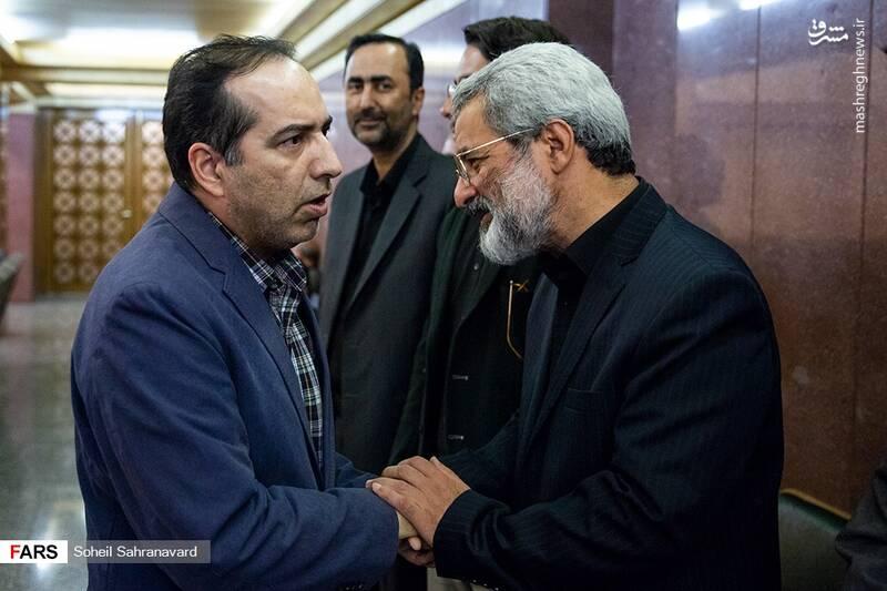 حسین انتظامی رئیس  سازمان سینمایی در مراسم ترحیم دختر عباس سلیمی نمین
