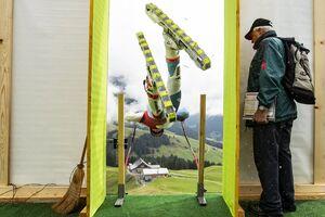 تصاویر دیدنی از مسابقات اسکی روی چمن