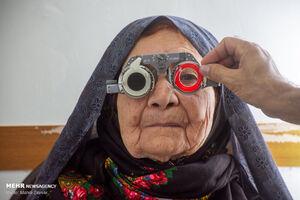 عکس/ طرح بینایی سنجی در مناطق محروم