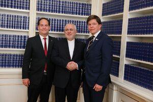 عکس/ دیدار ظریف با رئیس مجلس سوئد