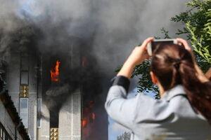 عکس/ آتش سوزی کارخانه تولید شمع در سن پترزبورگ