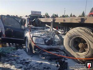 عکس/ تصادف شدید خودرو سواری با کامیون