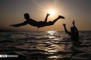 عکس/ مسافران تابستانی در سواحل دریای خزر