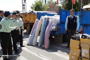 عکس/ کشف ۱۴۸ میلیاردتومان کالای قاچاق در تهران