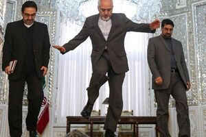 تصویر ناخوشایند از بیقراری «ظریف» برای مذاکره!