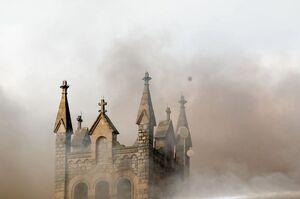 آتشسوزی در کلیسای ۱۱۵ ساله
