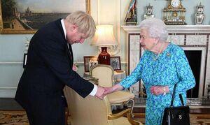 جانسون و ملکه انگلیس