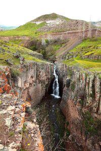 عکس/ آبشاری بِکر و زیبا در اردبیل