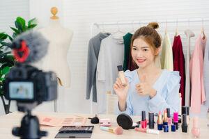 بیوتی بلاگرها آرایش زیبایی