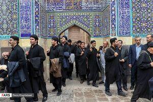 عکس/ مراسم طشتگذاری اردبیلیها در شیخ صفیالدین