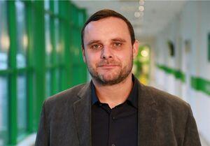 مانوئل اکسن ریتر تحلیلگر آلمانی