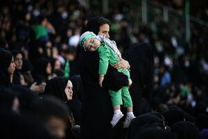 عکس/ همایش شیرخوارگان حسینی در ورزشگاه آزادی