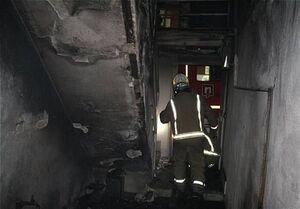 تهران| پرتاب دختر بچه سه ساله از پنجره طبقه دوم برای نجات از آتش!