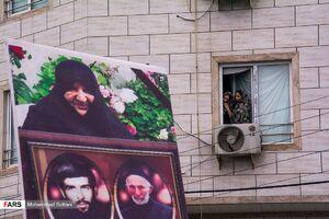 عکس/ تشییع پیکر مادر چهار شهید دفاع مقدس