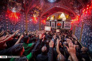 تصاویر زیبا از شب عاشورای حسینی در کربلا
