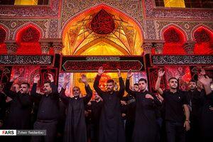 شب عاشورای حسینی در کربلا