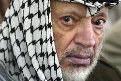 محمود عباس به دست داشتن در ترور عرفات متهم شد
