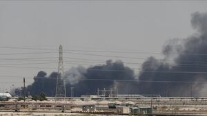۱۵ آمبولانس به پالایشگاه سوخته سعودی اعزام شد