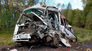 تصادف مرگبار اتوبوس با کامیون