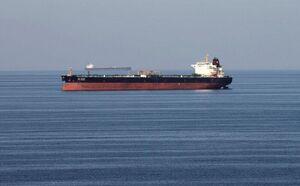 توقیف یک فروند شناور با ۲۵۰ هزار لیتر سوخت قاچاق