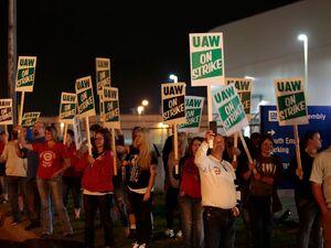 عکس/ اعتصاب کارکنان جنرال موتورز در آمریکا