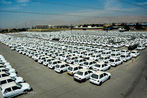 فیلم/ دپوی ۱۲۰ هزار خودرو در یک انبار خودروسازان!